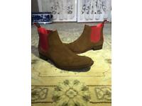Jeffery West Horrorshow Libertine Chelsea boot in honey/red suede - size 9 UK