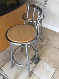 5 x bar stools