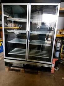 Large kitchen fridge 4 shelfs