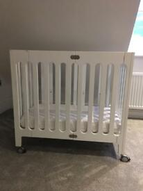 Alma bloom mini cot and mattress