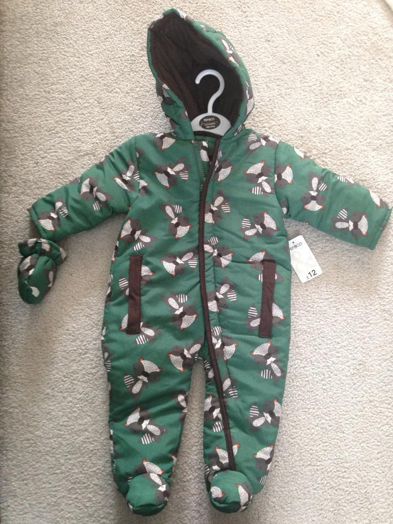 Pepco baby snowsuit bnwt 3 6 monthsin Irvine, North AyrshireGumtree - Brand new baby snowsuit from Pep & Co. Never worn. 3 6months. Brand new with tags