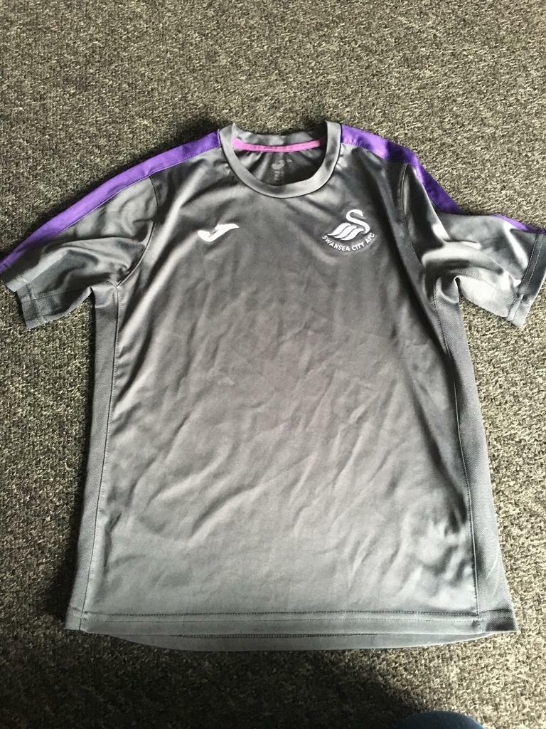 Swansea City boys JOMA football training kit age 8-10 swans