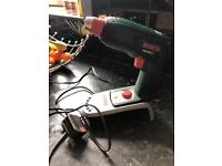 BOSCH cordless rechargeable drill
