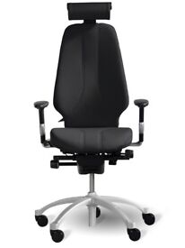New RH Logic 400 with arm rests and neck rest