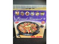 Brand new Grand Gourmet Electric Dish