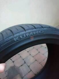 18/35/225 kumho ecesta tyres 6.5mm