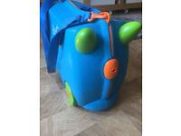 Trunki rideon suitcase