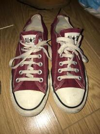 Red , black , burgundy converse shoes size 6