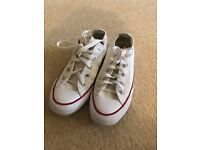 Ladies white converse trainers uk 3