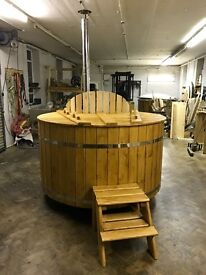 Solid Spruce Wood Fired Hot Tub only for £1299