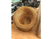 Doughnut wicker chair