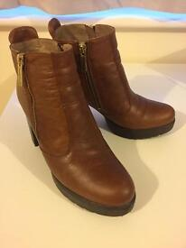 Russel & Bromley Boots