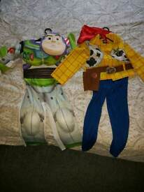 Disney dress up woody and buzz