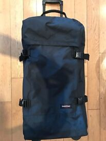 Eastpak Tranverz L Midnight 2 wheel soft case