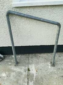 Door access handrail