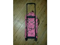 UNUSED Shoulder bag (expandable) which can also convert to wheeled travel case
