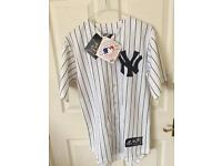 New Yorks Yankees Baseball Jersey NEW size S