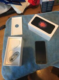 Apple Iphone SE 16 GB on EE