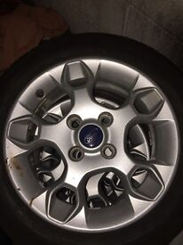 15inch ford alloys with brand new tyres