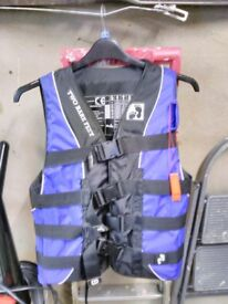Bare foot life jacket