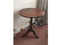Antique Mahogany Circular Tilt-top Table
