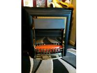 Electric flame effect heater