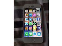 White Apple i phone 5 on vodafone
