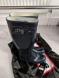 Hunter Original Gloss Tall W23616 (size UK3 EU35/36 US 4M/5F) + Brand new welly socks