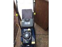 2x petrol lawnmowers both carnt get to start selling spares or repairs