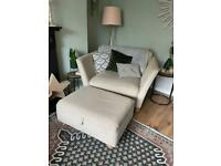 Loves seat and storage style pouffe