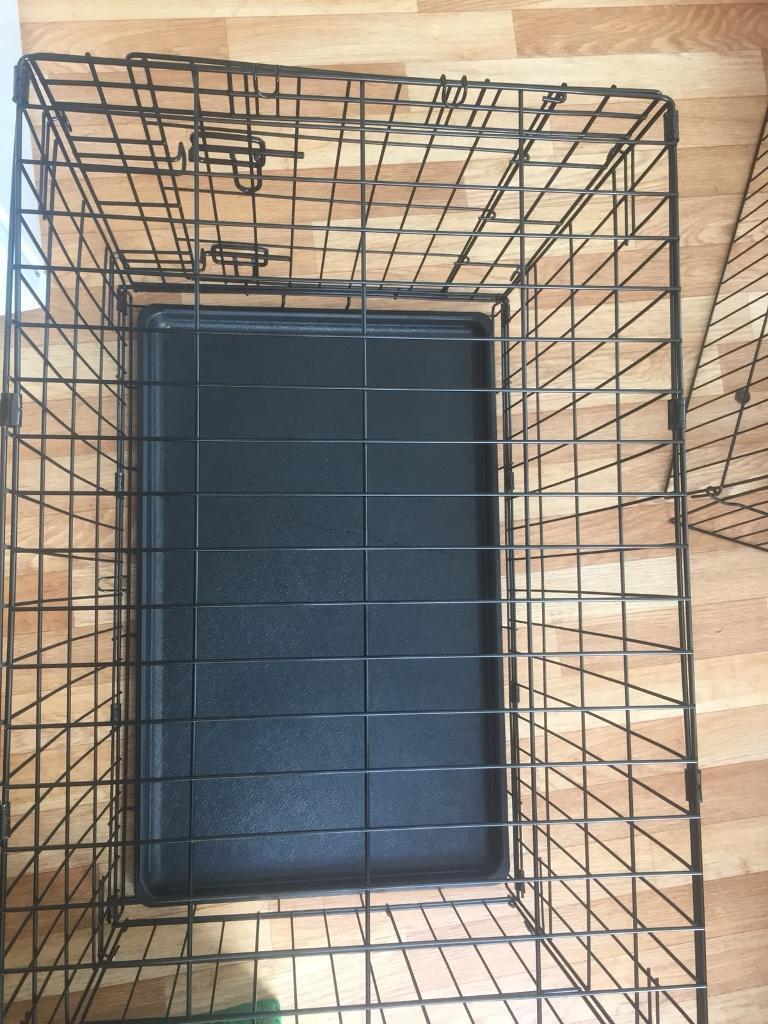 Medium dog cage vgc