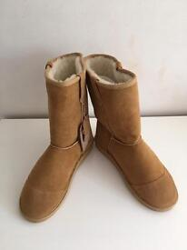Toast Ugg style boots
