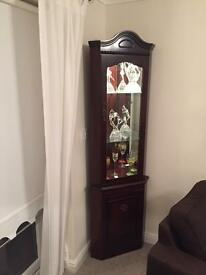 2 matching display cabinets