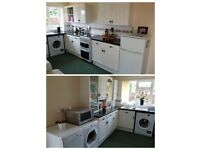 COMPLETE KITCHEN inc APPLIANCES in EXCELLENT CONDITION