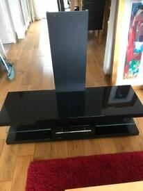 Black high gloss tv mount