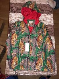 Gucci jacket q