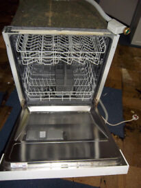 bosch intergrated dishwasher £25 in good working condition north london
