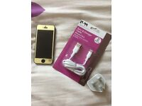I phone 5s Gold Unlocked small crack free case charger