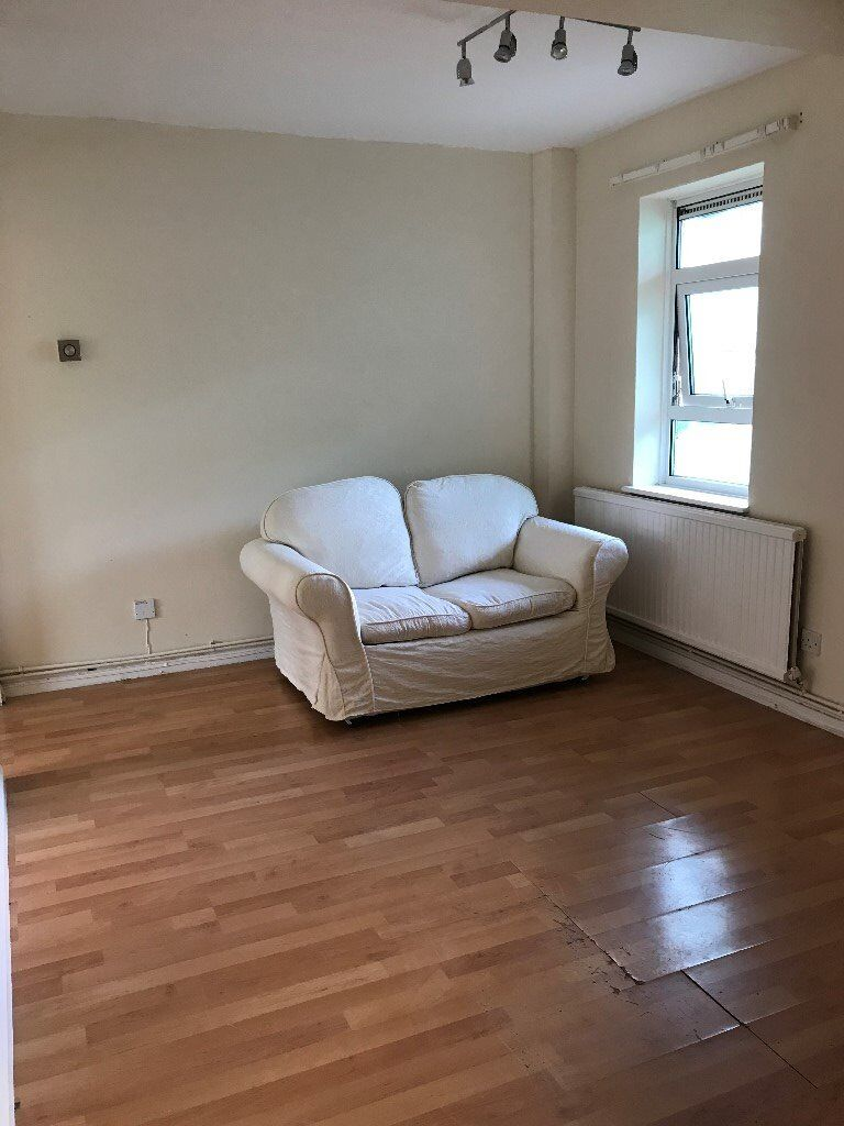 3 Bed Flat Close To Luton Train Station 30 Mns London