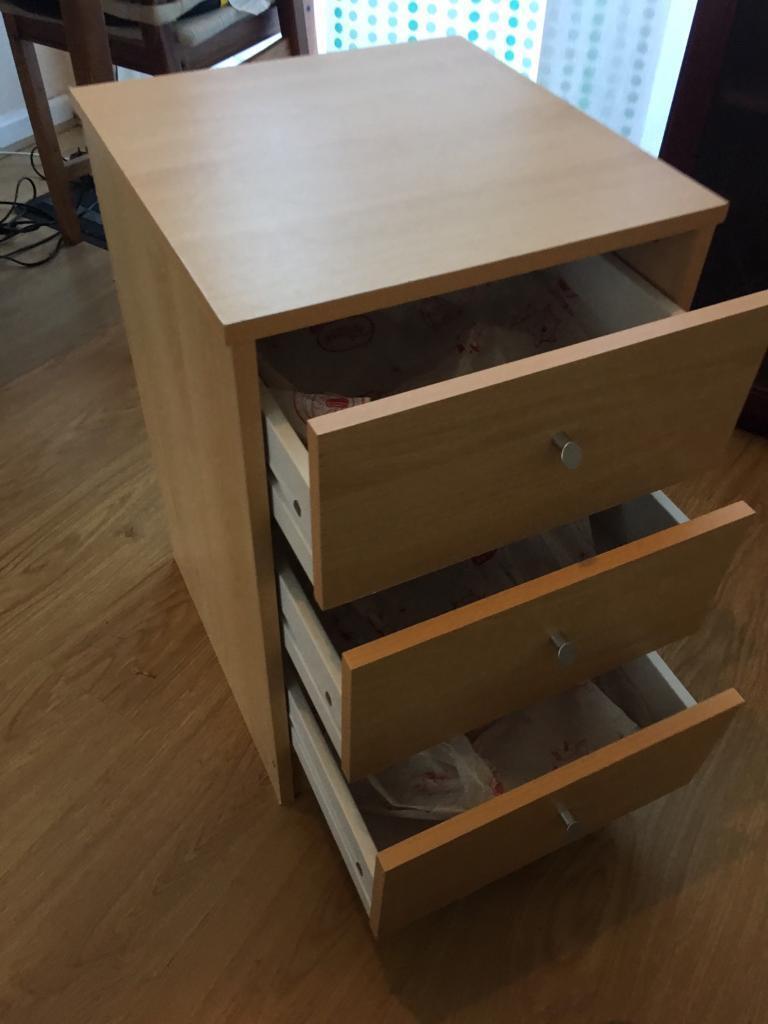 Pine beechwood bedroom 3 chest drawer