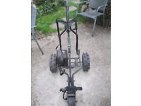 Electric Trollie plus bag of clubs