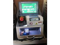 Miracle A9 Premium Electronic key cutting mashine