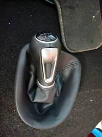 Seat genuine gear knob & gaitor