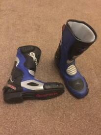 Motorbike boots, size 9
