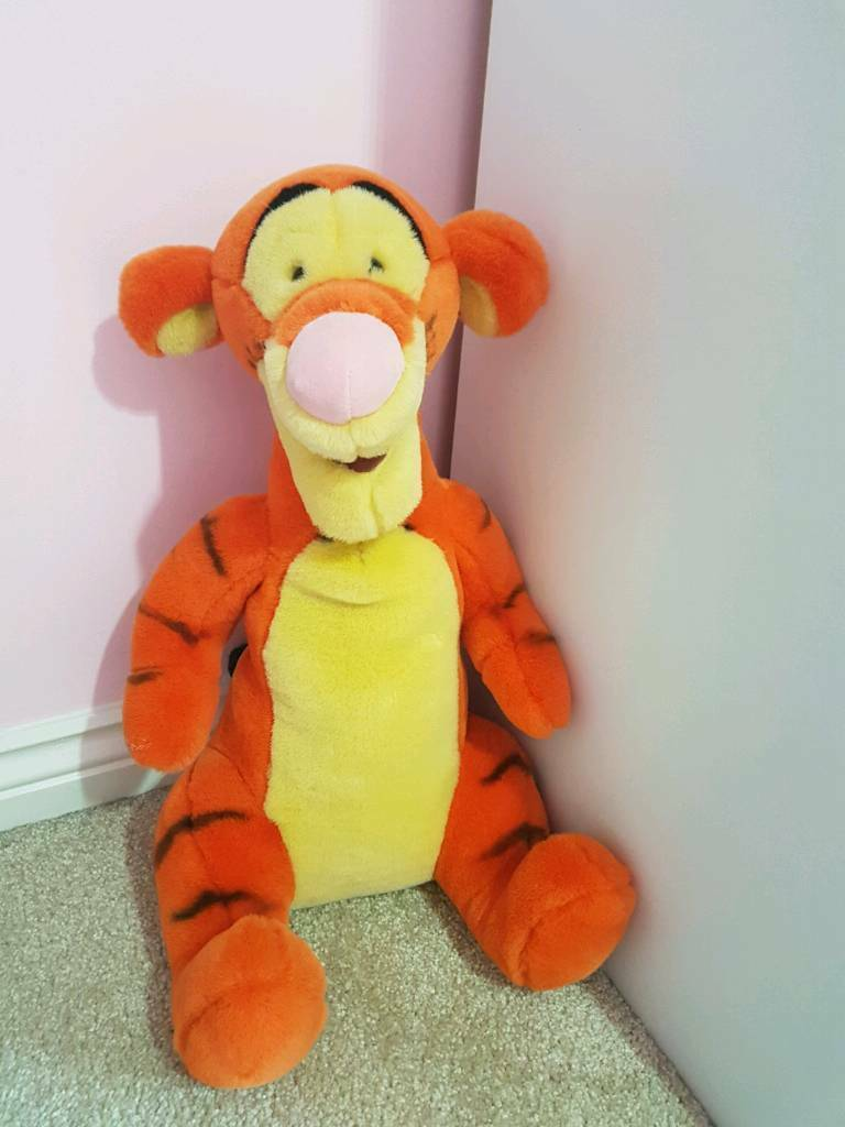 Large Tigger soft toy - immaculate