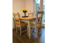 Cotswold Company Oak Dining Table and 4 chairs