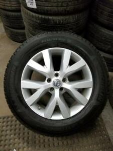 235 65 18 All season tireson on OEM Nissan Murano alloy rims 5x114.3 / TPMS / 235 65 18 used all season tires in stock