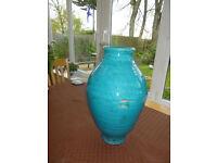 Torquoise ornamental pot