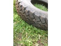 Land Rover tyre new 112-110N 750R16