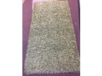 Small rug - green